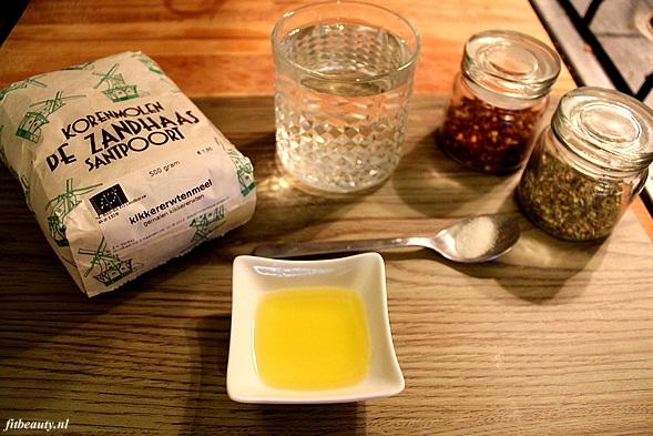 Naanbrood-kikkererwtenmeel1