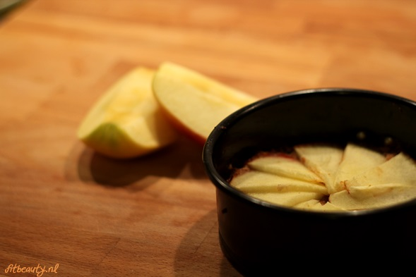 recept-glutenvrij-suikervrij-appel-pindakaas-cake12