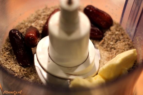 recept-glutenvrij-suikervrij-appel-pindakaas-cake4