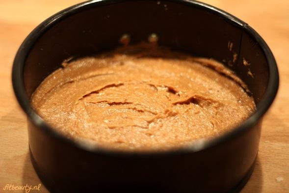 recept-glutenvrij-suikervrij-appel-pindakaas-cake8
