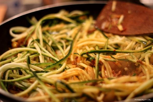 recept-courgette-spaghetti5
