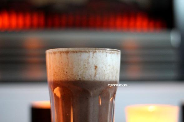 recept-warme-chocolade-melk-slagroom-gezond8