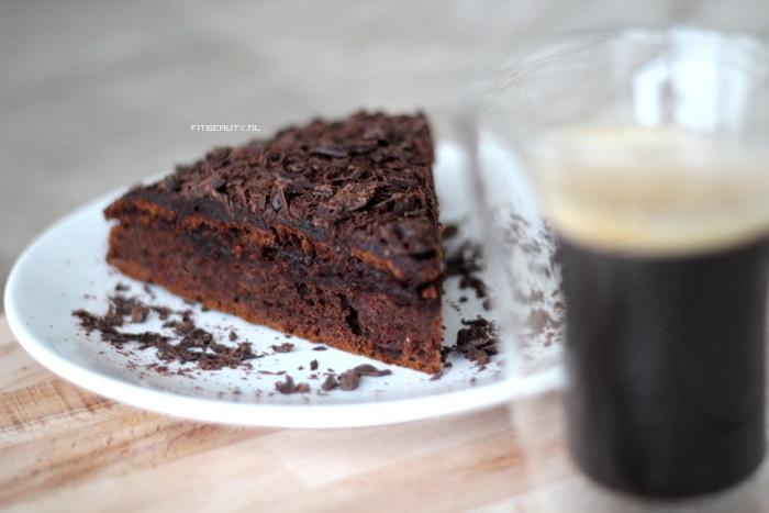 recept-chocolade-taart-glutenvrij-suikervrij-vegan-25