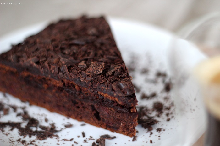 recept-chocolade-taart-glutenvrij-suikervrij-vegan-26