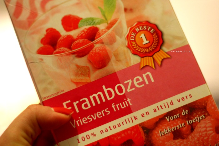 Gietvloer Keuken Horeca : Rode Keukenmachine : Doe de rode vruchten in een blender of