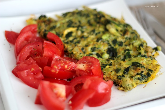 recept-broccoli-spinazie-omelet-paleo-12