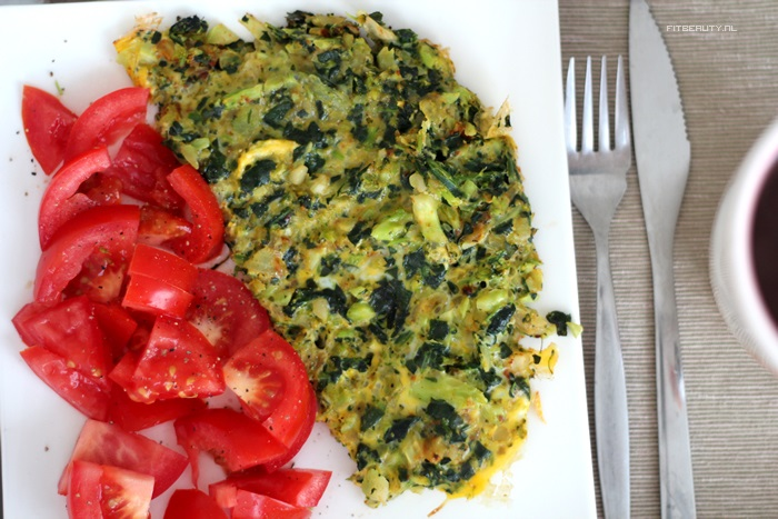 recept-broccoli-spinazie-omelet-paleo-15