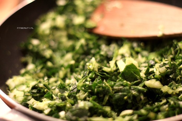 recept-broccoli-spinazie-omelet-paleo-8