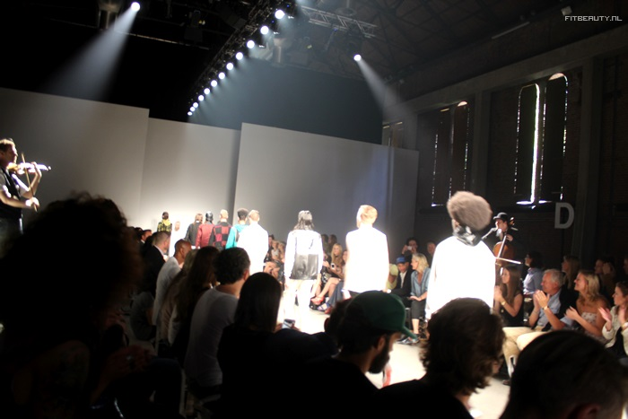fashionweek-amsterdam-evan-menswear-teni-fitbeauty-10