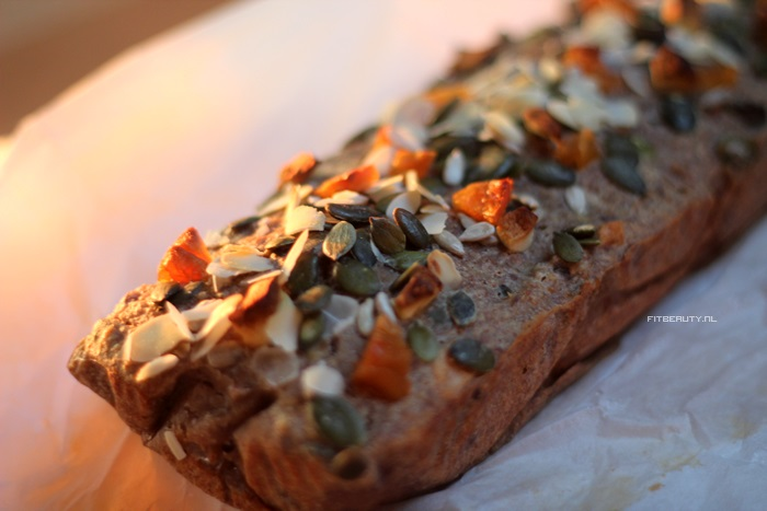 recept-lekkerste-suikervrij-bananenbrood-ooit-16