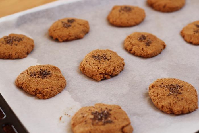 Recept-glutenvrije-suikervrije-vegan-zachte-pindakaas-koekjes-13
