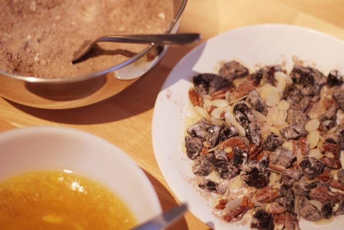 recept-chocoladetaart-minder-zoet-pruimen-5
