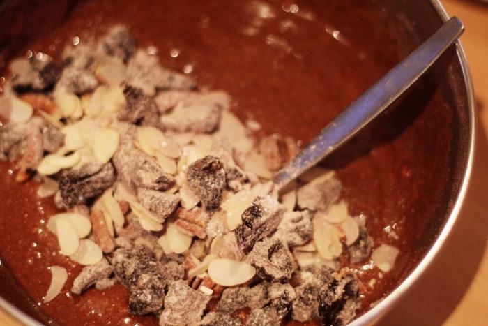 recept-chocoladetaart-minder-zoet-pruimen-7