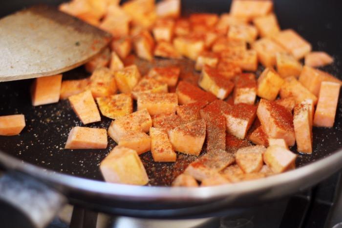 recept-couscous-zoete-aardappel-pompoenpitten-2