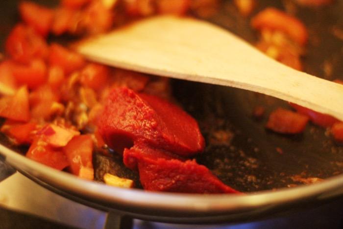 recept-zachte-aubergine-in-tomatensaus-10