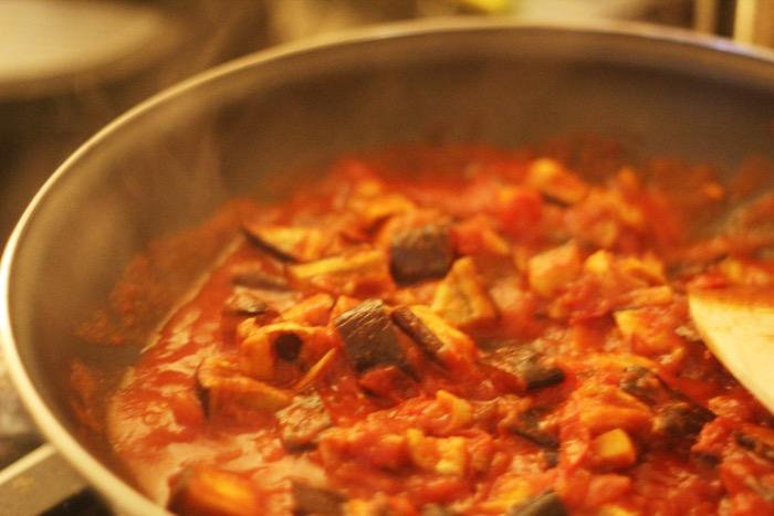 recept-zachte-aubergine-in-tomatensaus-15