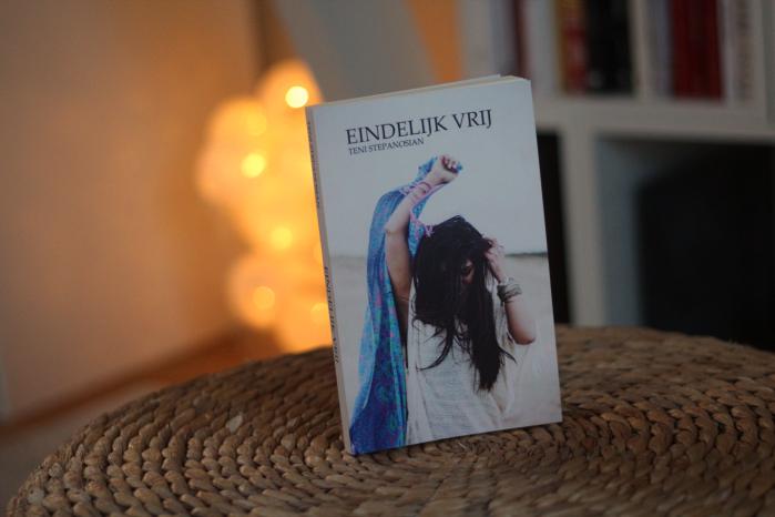 Eindelijk-vrij-boek-teni-fitbeauty