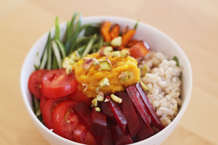 Recept-Voedzame-Rainbow-bowl-17