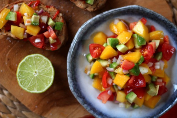 recept-simpele-mango-salsa-10