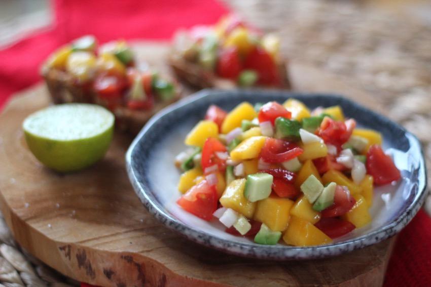 recept-simpele-mango-salsa-12