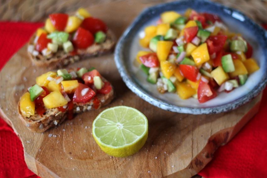 recept-simpele-mango-salsa-15