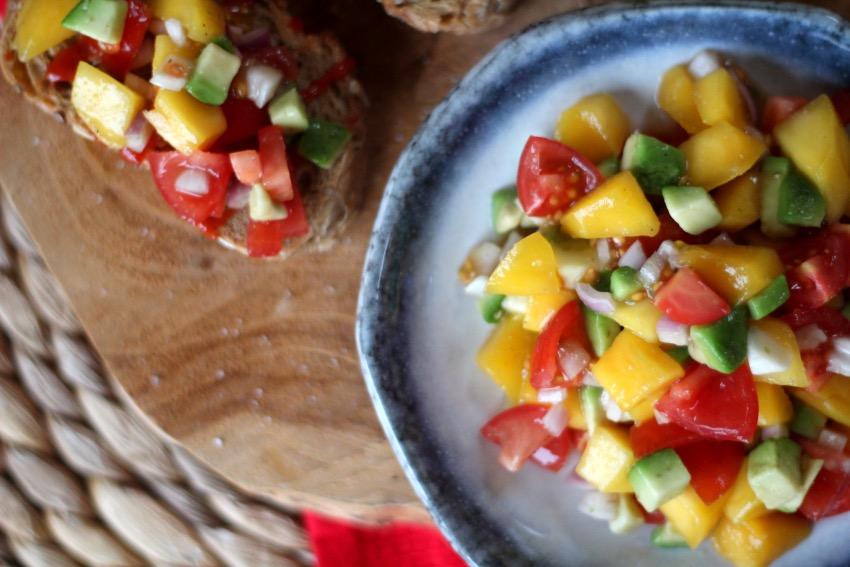 recept-simpele-mango-salsa-16