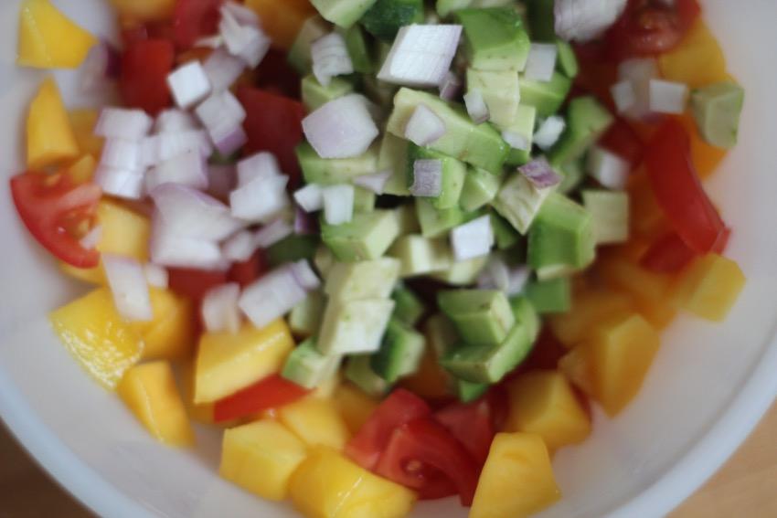 recept-simpele-mango-salsa-5