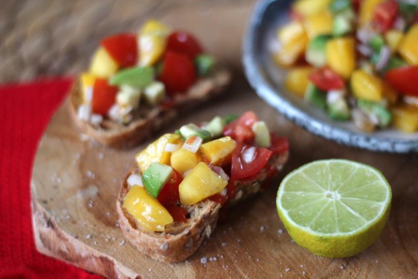 recept-simpele-mango-salsa-9