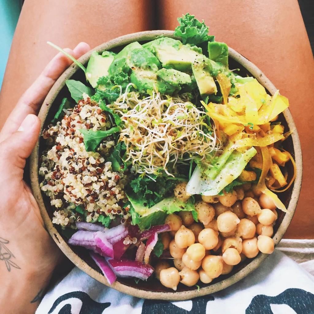 puur-voedsel-eten-gelukkig