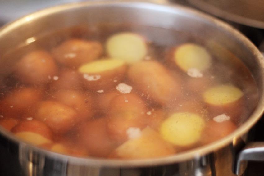 recept-knapperige-aardappelen-oven-2