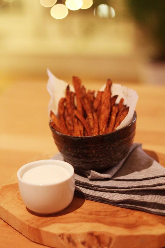 recept-zoete-aardappel-friet-yoghurt-dip-12