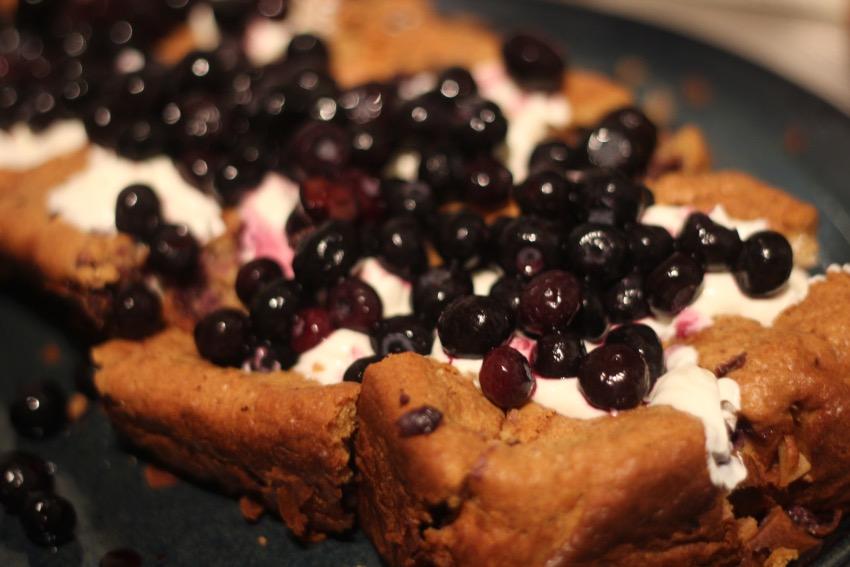 recept-waanzinnige-bosbessen-cake-yoghurt-24