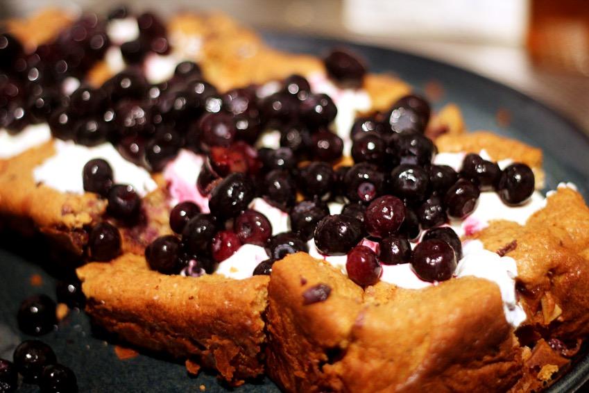 yoghurt-bosbessen-cake-fitbeauty